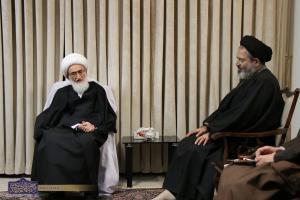 مسلمانان برای رهایی از دست ظالمان و اعتلای اسلام متحد شوند